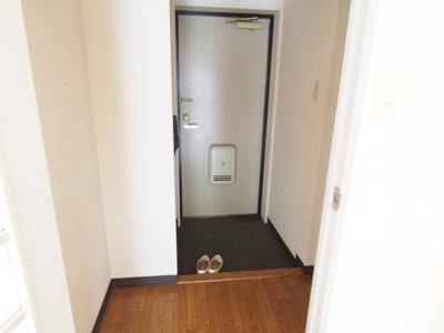 【玄関】チェリーハイツ