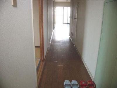 【玄関】ピースマンション浦島