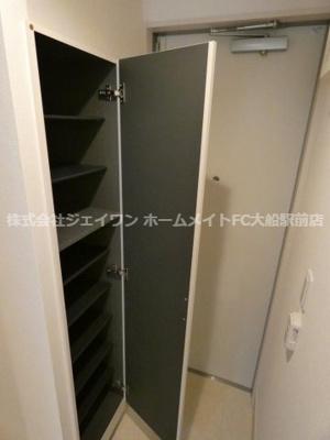 【玄関】リブリ・ホーリー鎌倉