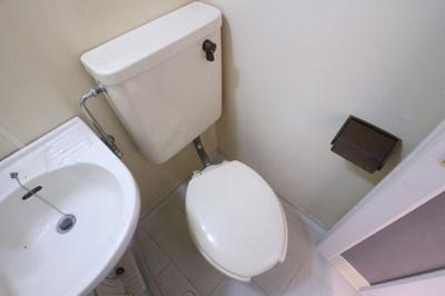 【トイレ】ファミーユ塩屋