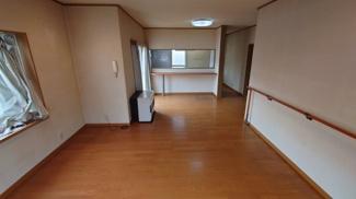 【居間・リビング】太田荘園H邸
