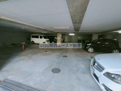 【駐車場】カサファミリアⅡ