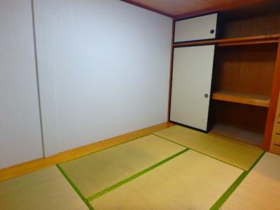 【寝室】トレインサイド