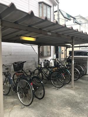 屋根付きの駐輪スペース!!