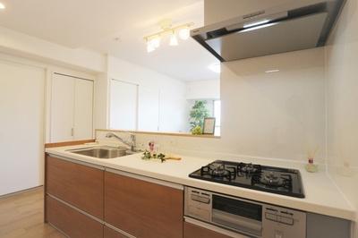 ■対面キッチンがご家族の温かい時間を演出