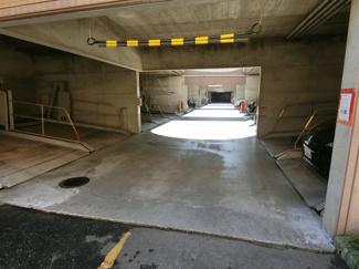 屋内駐車場 機械式