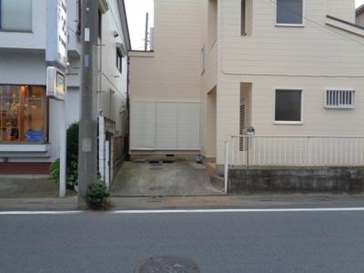 【駐車場】桜町貸家(東)