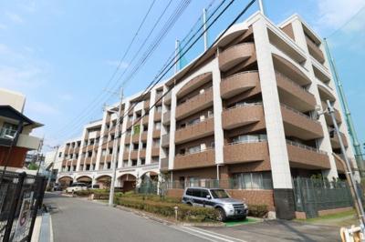 【現地写真】 総戸数34戸のマンションです♪2003年築♪