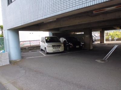 【駐車場】ラディーナ滝山