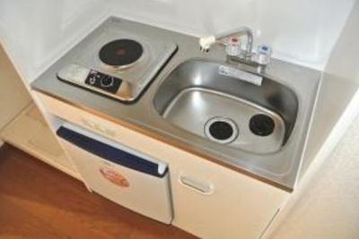 【キッチン】検査済証有!満室稼働中の一棟マンション