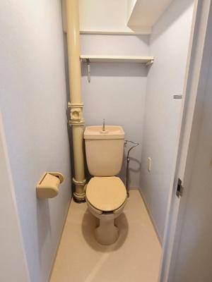 シンプルで使いやすいトイレです  Kワンビル