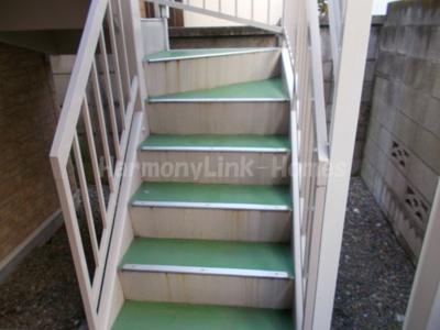ライフピアルーチェの階段