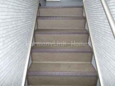ハーモニーテラス梅田Ⅳの階段
