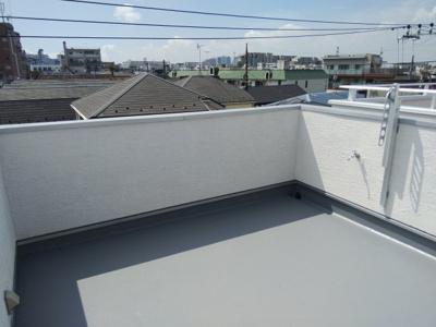 南面の屋上バルコニー