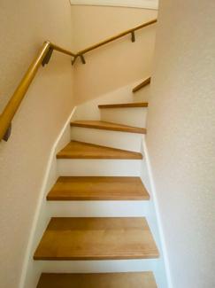 2階へあがる階段です