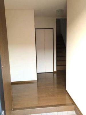 【玄関】テラスパークなかC棟