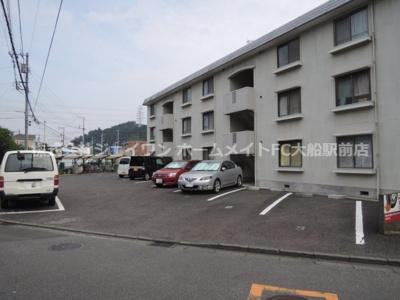 【駐車場】横浜上郷ハイツ