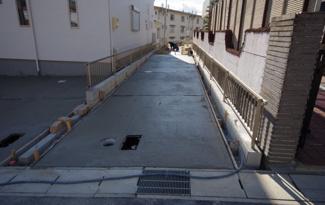 1号棟 現地(2020年1月)撮影 外観完成しました! 敷地面積186.64㎡(56.45坪)。 駐車2台可能です。