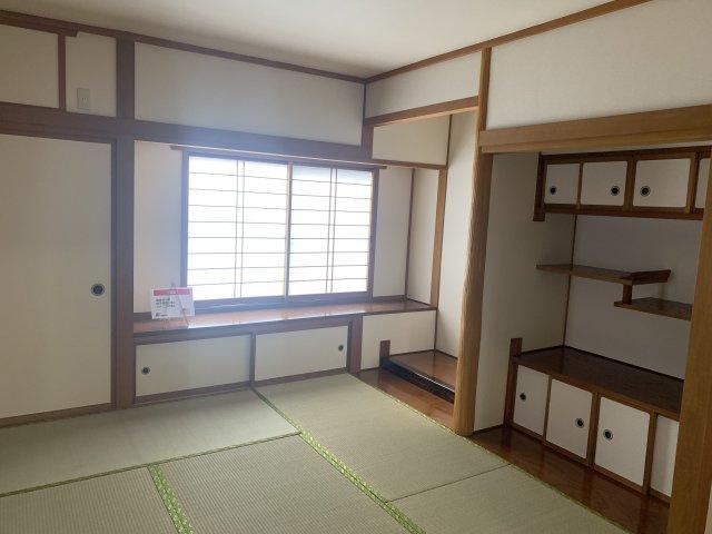 1階8帖+6帖のW和室です。