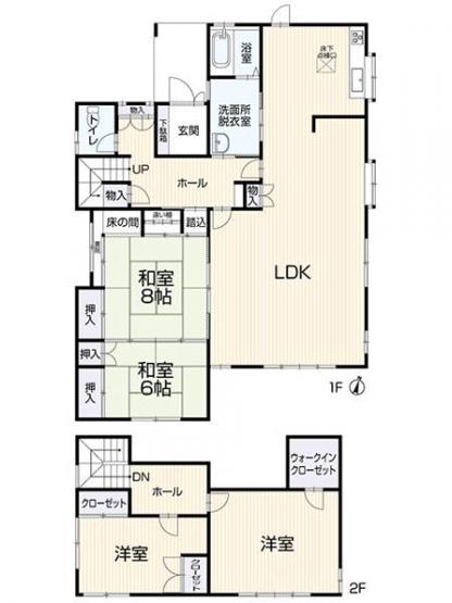 4LDK+WIC 広々リビングと隣接の和室でゆったりと過ごせます。