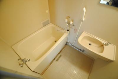 【浴室】フォーブルハウス中園C