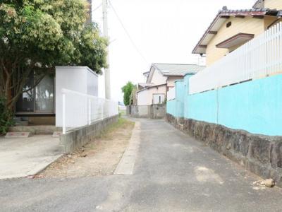 【前面道路含む現地写真】平原売家