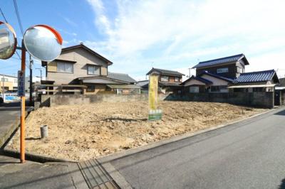 3沿線利用可・「貴生川駅」徒歩約10分・土地約71.68坪・北西角地