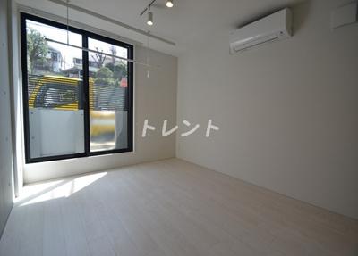【寝室】パセオ新宿【PASEOshinjuku】