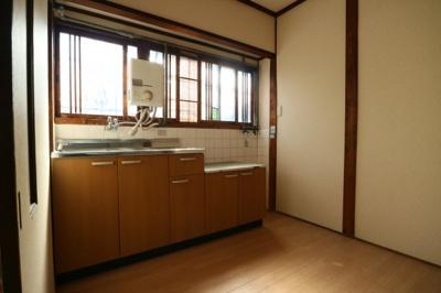 【居間・リビング】萱振町4丁目テラスハウス