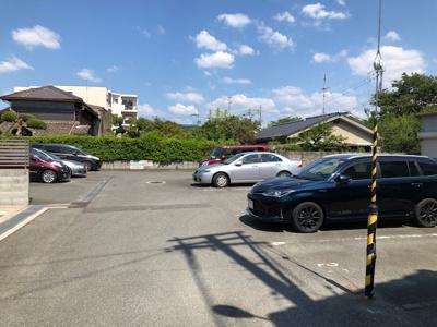 【外観】桜井モータープール(線路沿)