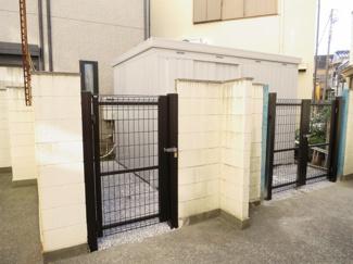物件付属の隣接地19.84平米、イナバ物置のプレハブ新規設置
