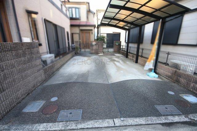 【駐車場】堺市西区浜寺諏訪森町西 中古一戸建て