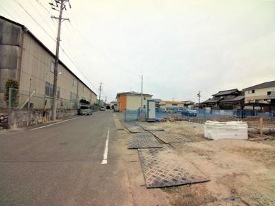 11月3日撮影 前面道路を含む現地