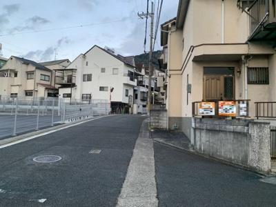 【前面道路含む現地写真】伏見区日野谷寺町