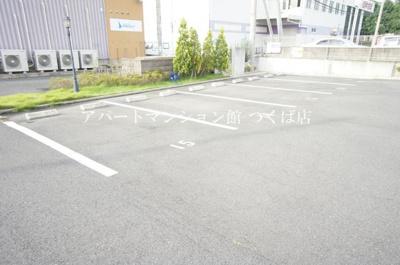 【駐車場】アムール二の宮
