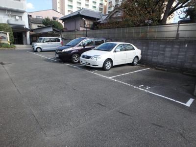 【駐車場】ファミール上小阪