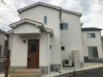 平成28年10月建築の築浅物件♪お洒落でシンプルな白いお家♪