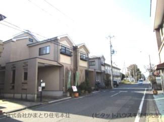 千葉市稲毛区六方町 中古一戸建て 四街道駅 前面道路広いため、駐車も安心です!
