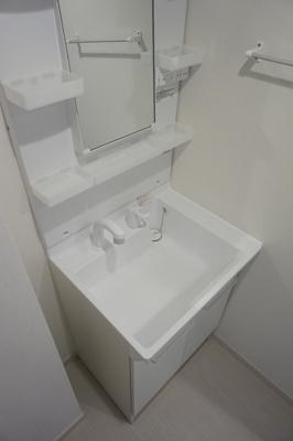 リブリ・東千葉の洗面台
