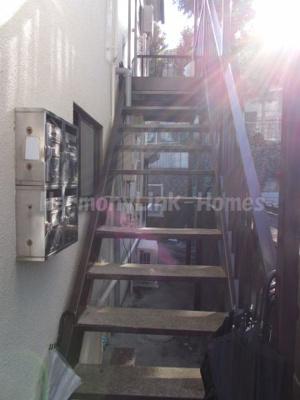 鈴木コーポの階段