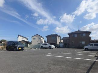 羽島 サンベルテ亀山 2DK 駐車場