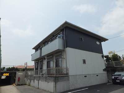 新田 メゾン・エクランタンⅡ 1LDK 外観
