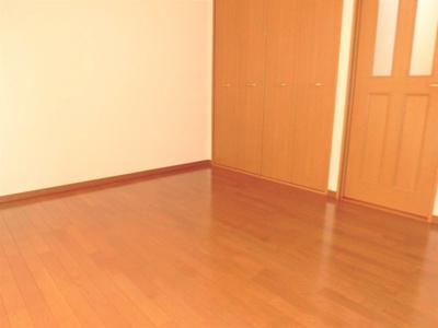 【洋室】グリーンフィールド21