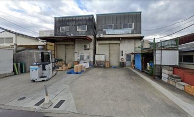 【外観】八尾市太田新町 工場 向かって右側