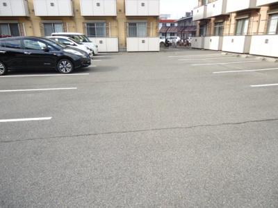 【駐車場】ウェルヴィラ東福山 A