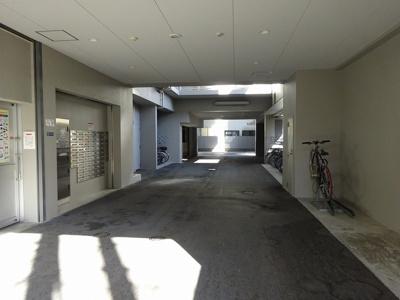 駐車場及び駐輪場です