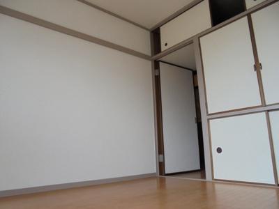 洋室4.5帖(玄関側)★