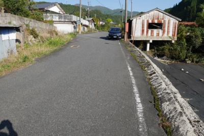 【前面道路含む現地写真】苫田郡鏡野町奥津 売土地306坪