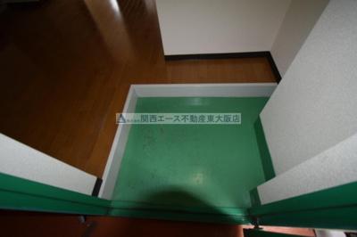 【玄関】シャトー西村