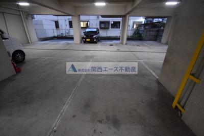 【駐車場】シャトー西村
